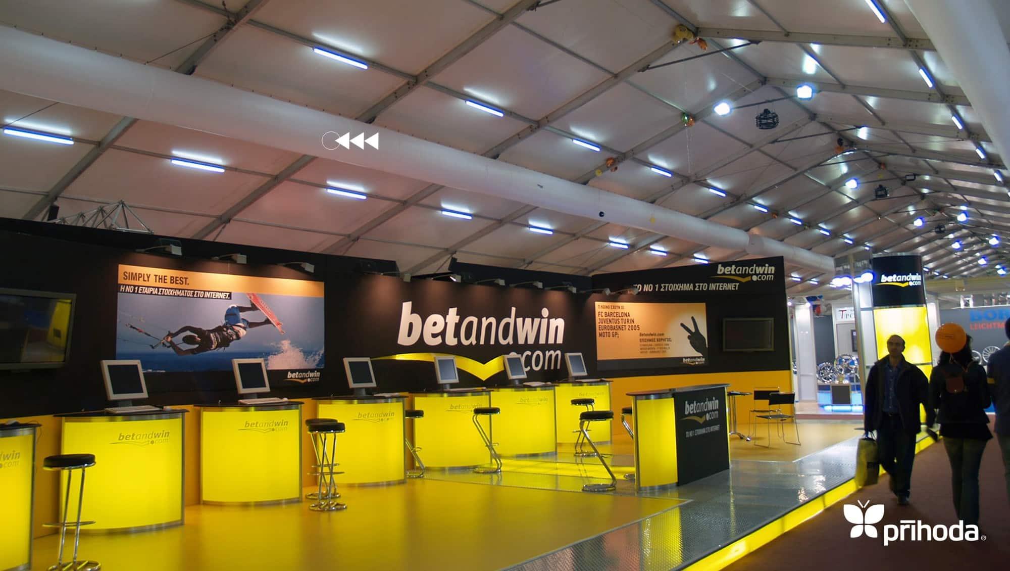 temporary ducting in exhibition venue