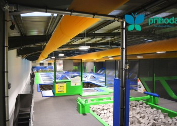 Trampoline-fabric-ventilation