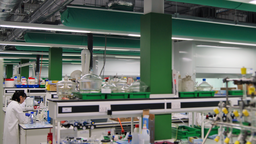 Green Prihoda fabric ducts in a lab