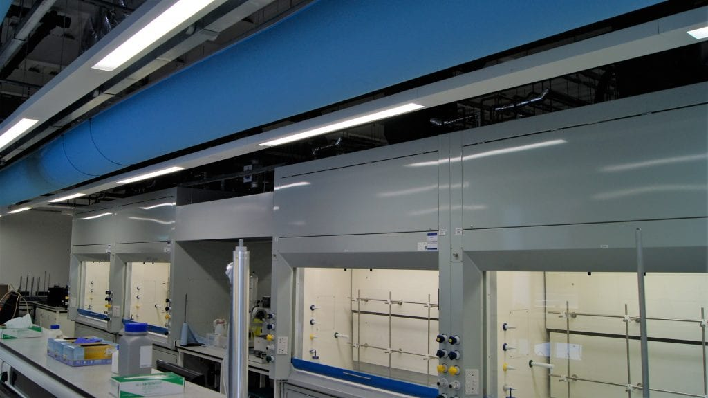 Fabric ducts in laboratory ventilation with fume cupboards