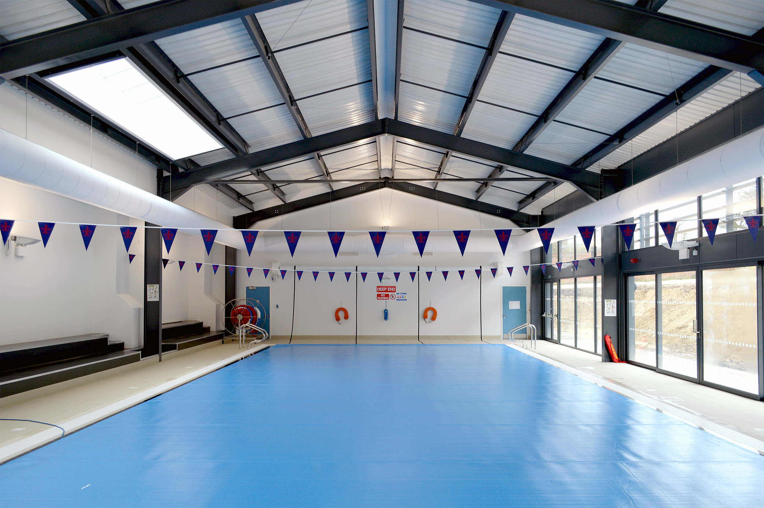 Indoor swimming pool with Prihoda fabric ducts.